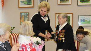 В Беларуси проживают более 380 человек в возрасте старше ста лет - Костевич