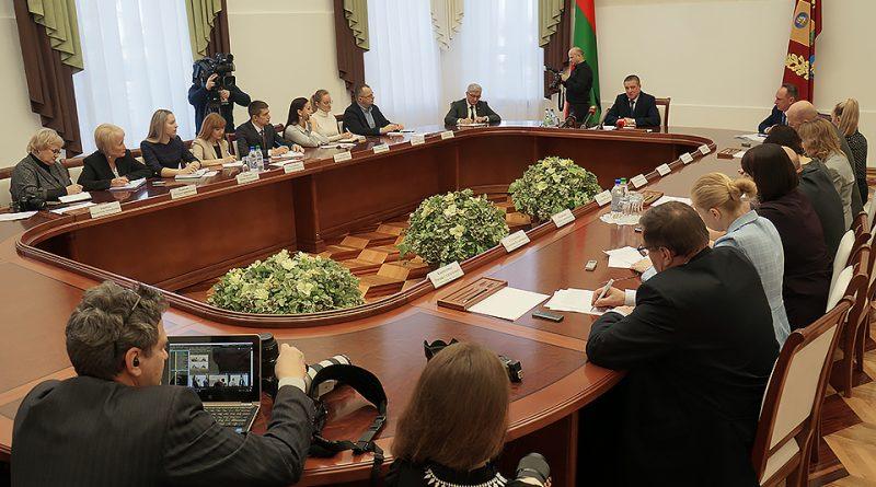 Председатель Могилевского облисполкома Леонид Заяц провел пресс-конференцию для журналистов республиканских и региональных СМИ