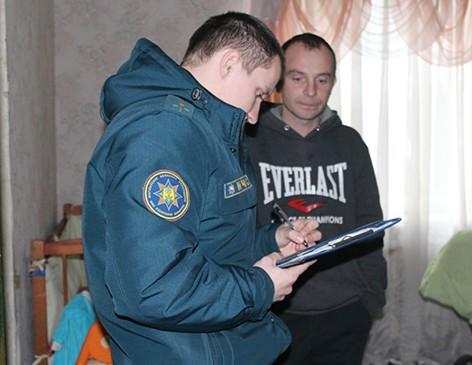 Работнікі Быхаўскага РАНС працягваюць правядзенне прафілактычнай работы ў жылым фондзе