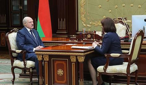 Лукашенко обсудил с Кочановой подготовку к выборам, ситуацию в экономике и тему коронавируса