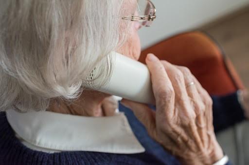 БРСМ организовал работу горячей телефонной линии для пожилых людей