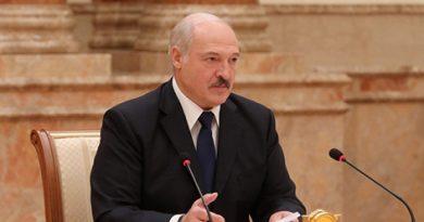 """Лукашенко рассказал о """"малых и больших каруселях"""" при сборе подписей за выдвижение кандидатов"""