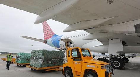 Два самолета с гуманитарным грузом прибыли в Беларусь из Сербии
