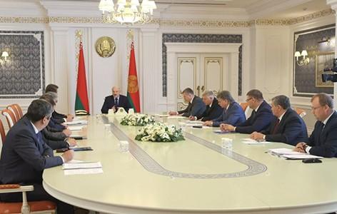 Лукашенко о призывах к забастовкам на предприятиях: если остановимся, никогда не раскрутим свое производство
