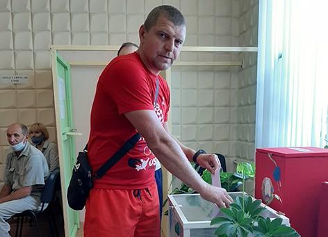 Александр Малашонок: «Голосую головой и сердцем - за безопасность и благополучие...»