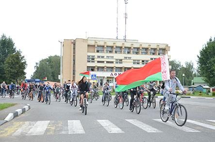 Массовый патриотический велопробег прошел в Быхове