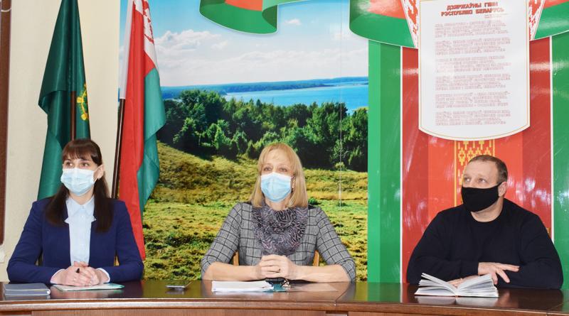 Состоялась конструктивная встреча представителей власти с трудовым коллективом ГЛХУ «Быховский лесхоз»