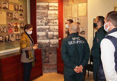 Работники Быховского РОЧС посетили районный краеведческий музей
